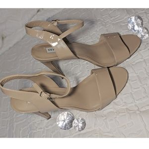 Steve Madden Dorty Nude Patent Leather Open Toe